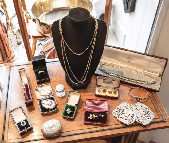 Greystones Antiques & Jewellery