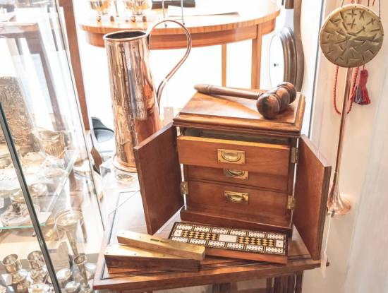 antique-shops-dublin-gift-shops-greystones