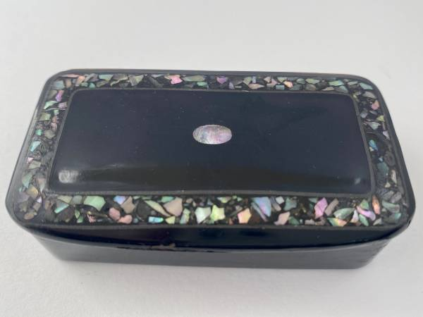 papier mache snuff box. Antique silver, jewellery, collectables & more. Greystones Antiques, Co. Wicklow, Ireland. 20km south of Dublin. Shop online, open 7 days.