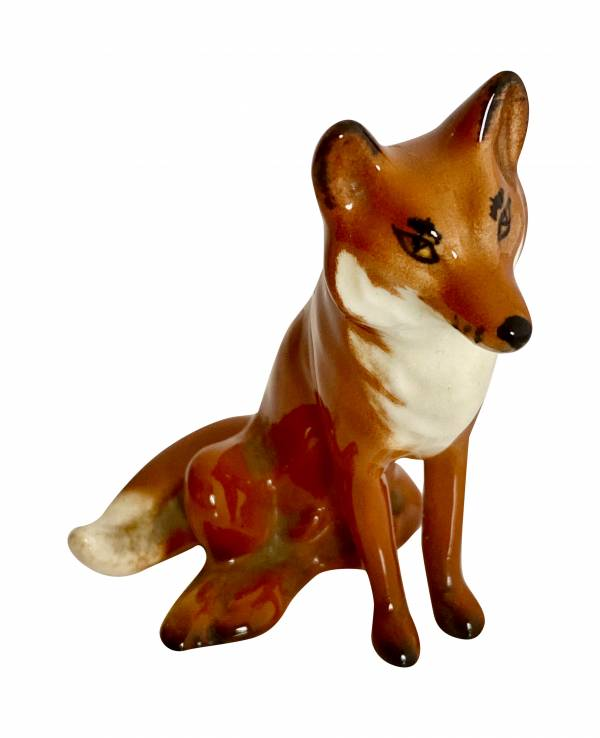 Vintage Beswick Fox, Antique silver, jewellery, collectables & more. Greystones Antiques, Co. Wicklow, Ireland. 20km south of Dublin.