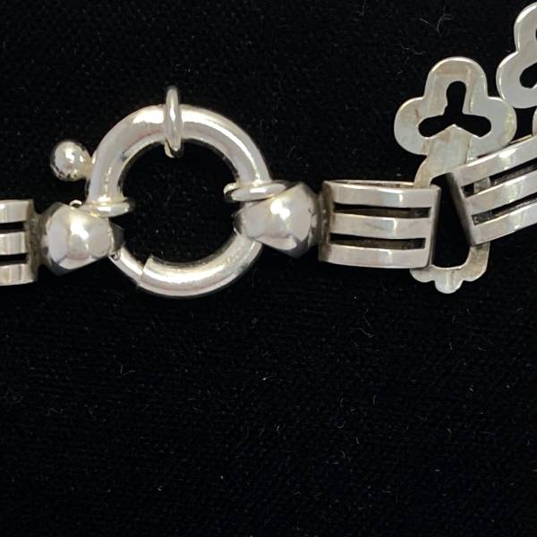 Victorian silver chain, Antique silver, jewellery, collectables & more. Greystones Antiques, Co. Wicklow, Ireland. 20km south of Dublin.