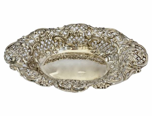 Silver bon bon, Antique silver, jewellery, collectables & more. Greystones Antiques, Co. Wicklow, Ireland. 20km south of Dublin.