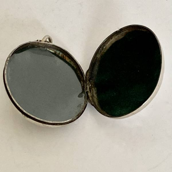 victorian silver locket, Antique silver, jewellery, collectables & more. Greystones Antiques, Co. Wicklow, Ireland. 20km south of Dublin.