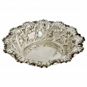 Antique silver pin tray, Antique silver, jewellery, collectables & more. Greystones Antiques, Co. Wicklow, Ireland. 20km south of Dublin.