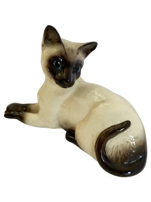 Royal Doulton Siamese cat, Antique silver, jewellery, collectables & more. Greystones Antiques, Co. Wicklow, Ireland. 20km south of Dublin.