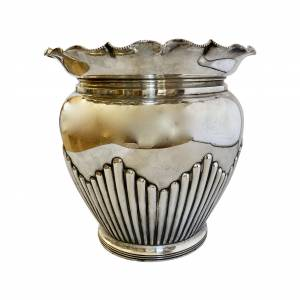 Silver plated jardiniere by Walker & Hall, Antique silver, jewellery, collectables & more. Greystones Antiques, Co. Wicklow, Ireland. 20km south of Dublin.